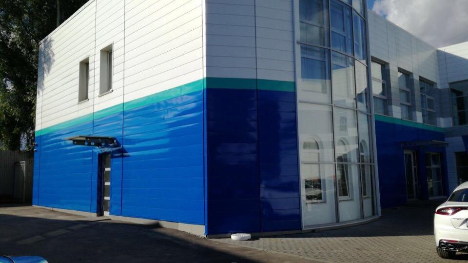 Оклейка фасада (Пленка Kpmf 5000,720 dpi, ламинация)